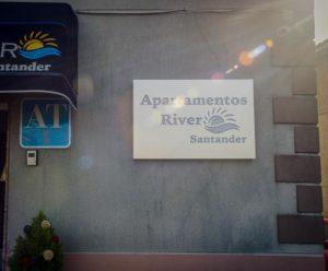 apartamentos river santander placa